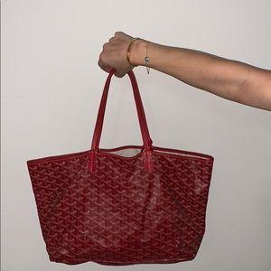 Red St. Louis Goyard shopper